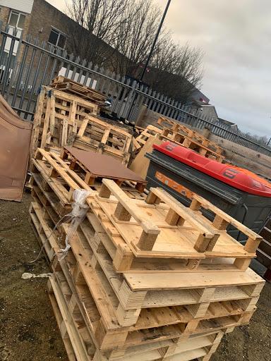 55 x mixed pallets - £150, VAT - yes