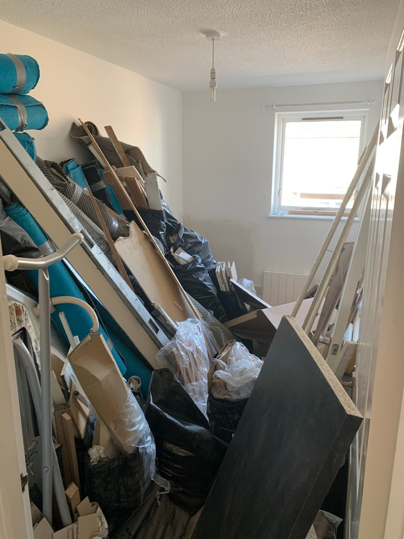 Builders rubbish £200 Vat yes