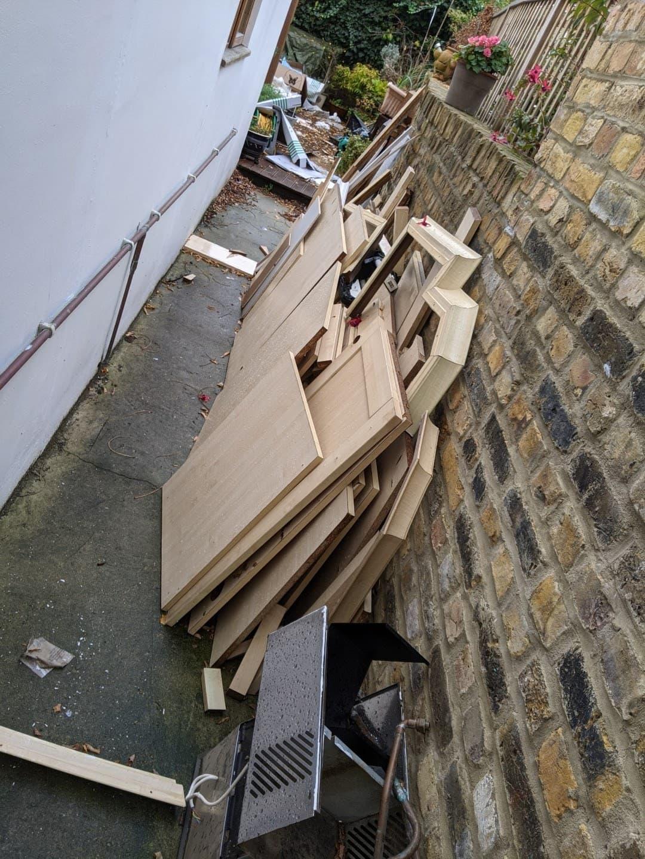 Old dismantled kitchen - £80, VAT - no