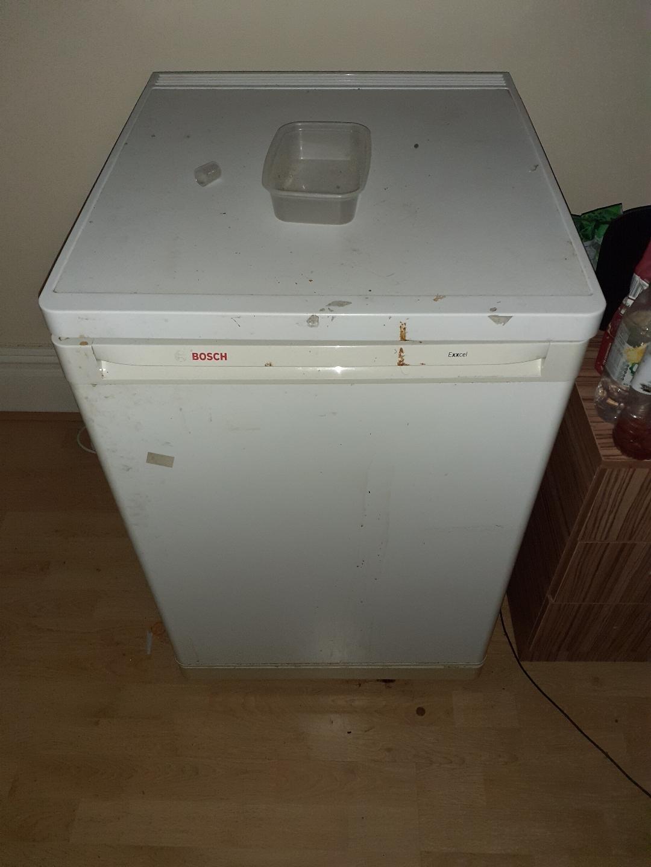 fridge vat no £40