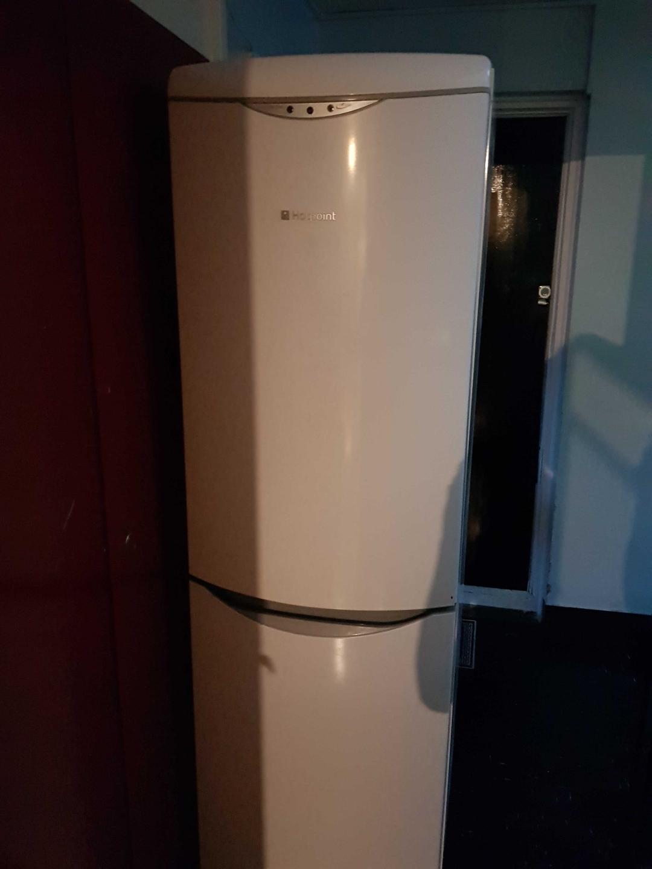 26 large fridge freezer £50 vat yes