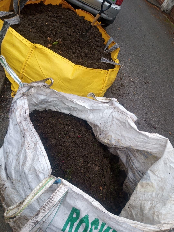 Hippo bag of garden soil £120 vat yes (1)