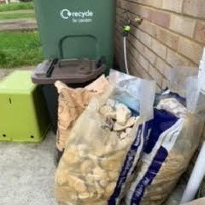 4 rubble bags
