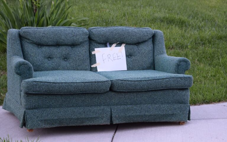 old sofa with free on it reuse
